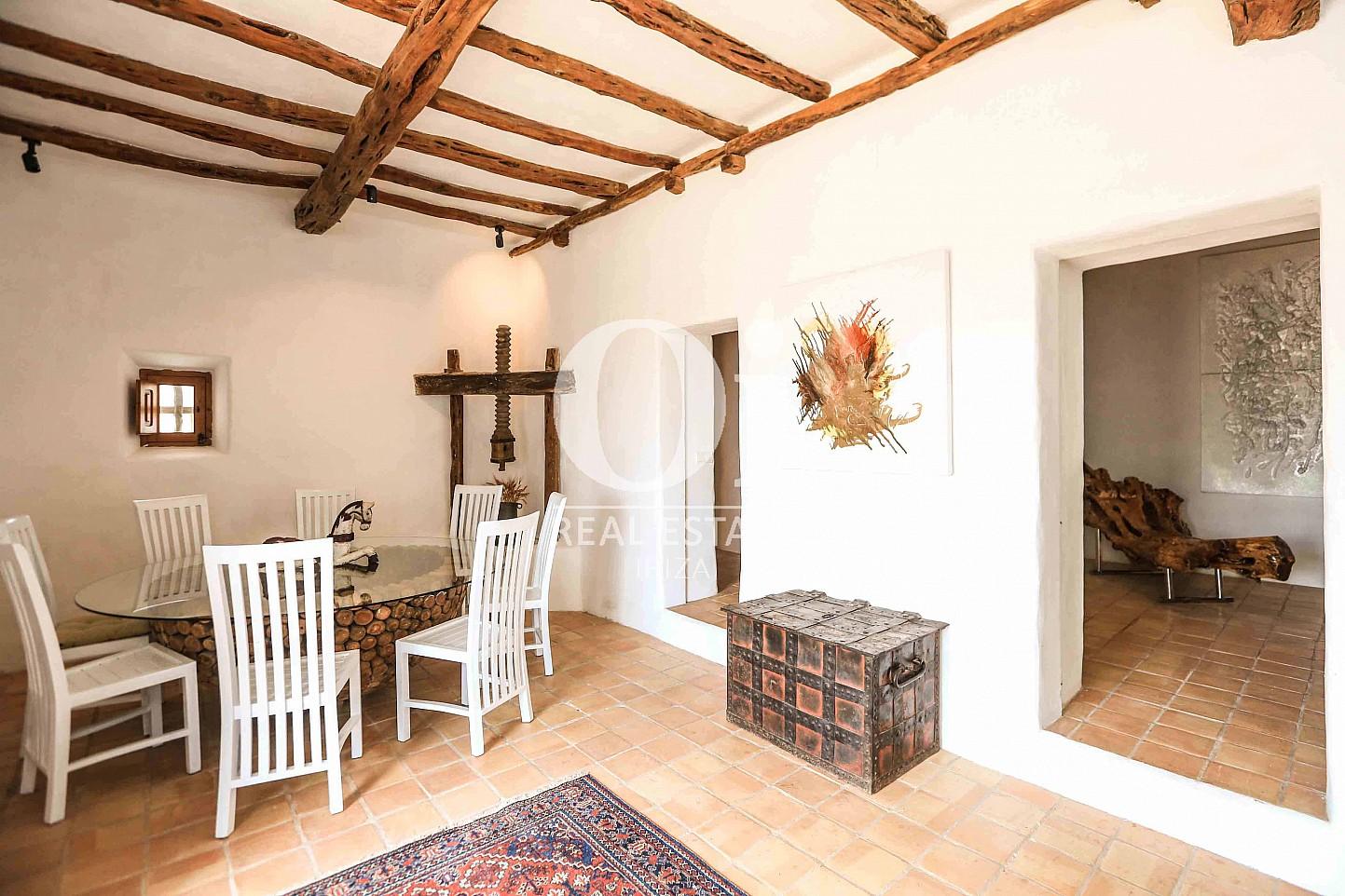 Salón-comedor de casa en alquiler vacacional en zona Puig d'en Valls, Ibiza