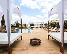 Sensacional villa en alquiler desde 5.000€ por semana en Ibiza