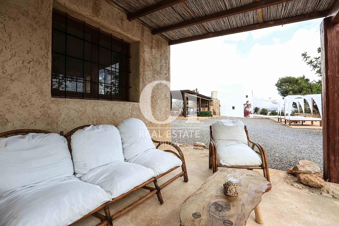 Vistas de casa en alquiler vacacional en zona Puig d'en Valls, Ibiza