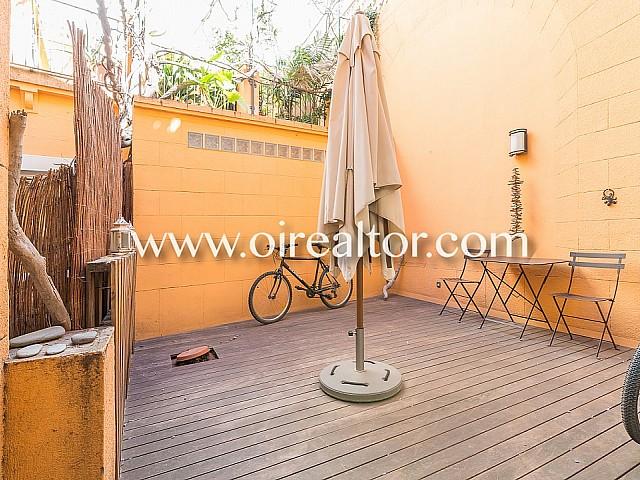 宽敞且经过翻新的公寓出售在巴塞罗那Sarrià老城区的一座经典建筑内