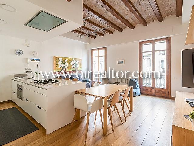 Exclusivo piso de diseño en venta totalmente reformado en Gracia, Barcelona