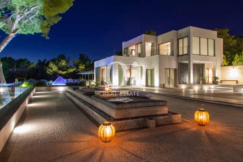 Façade et jardin de maison de séjour à Sant Josep, Ibiza