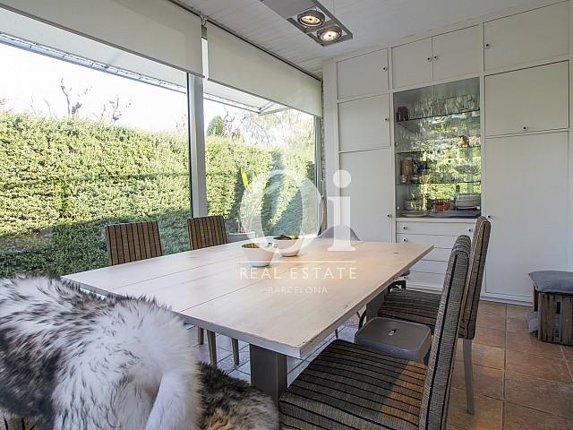 Blick in das Esszimmer der Immobilie zum Verkauf in Salou