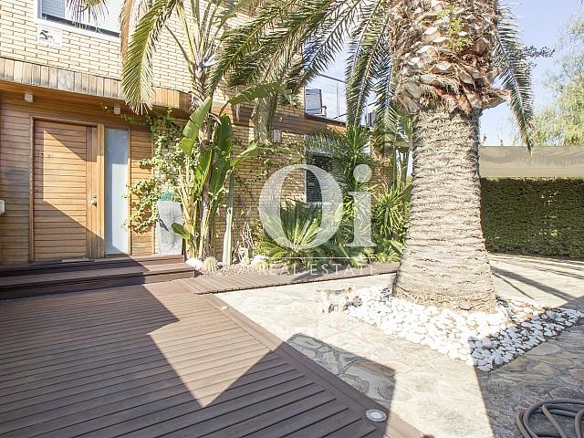 Jardin et façade de maison à vendre à Salou, Costa Dorada