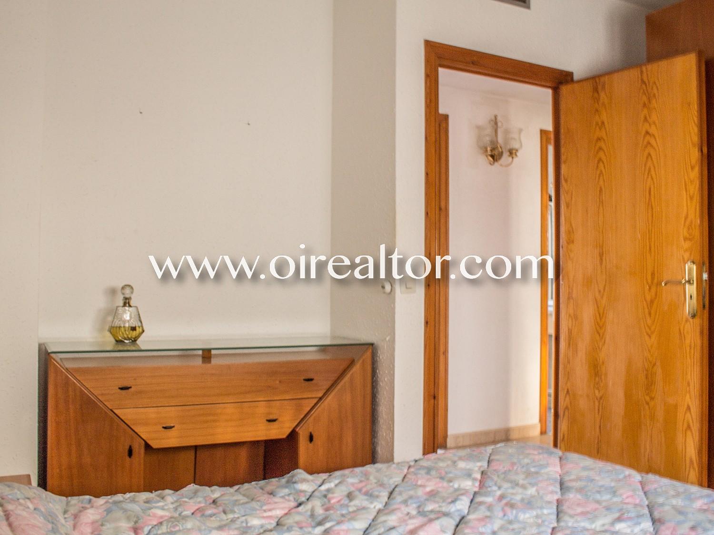 Уютный дом в продаже в самом сердце города Бланес