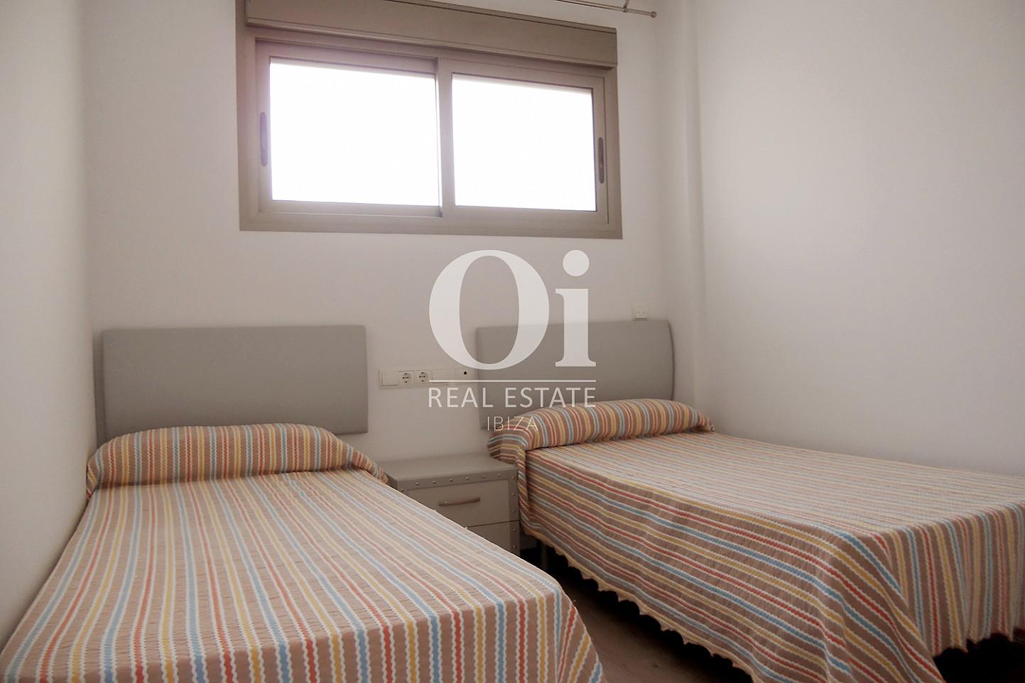 Cuarto con dos camas de piso en venta en Cala Gració, zona de Sant Antoni, Ibiza