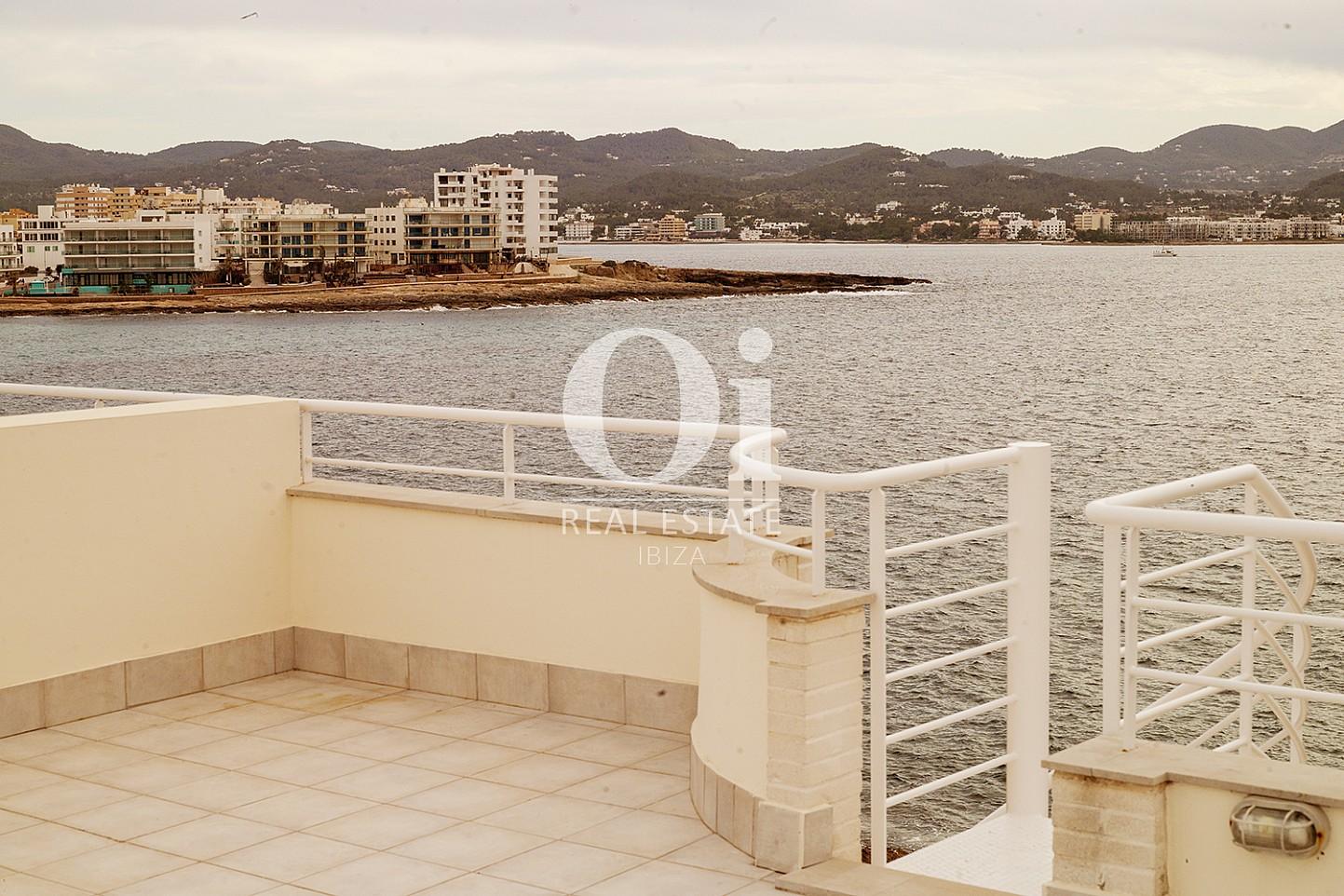 Vistas a la costa desde piso en venta en Cala Gració, zona de Sant Antoni, Ibiza