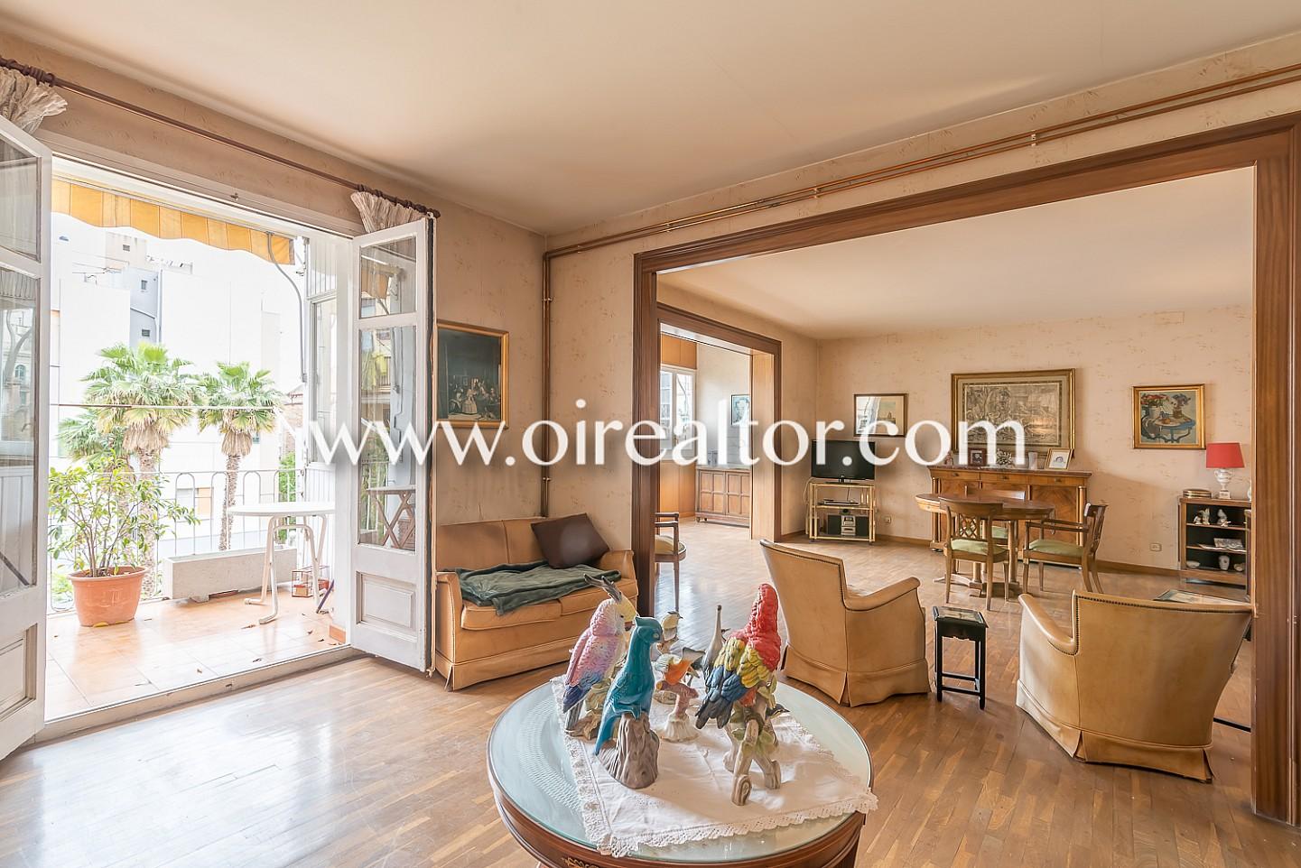 Gran piso en venta a reformar en eixample dreta barcelona oi realtor - Pisos a reformar en barcelona ...