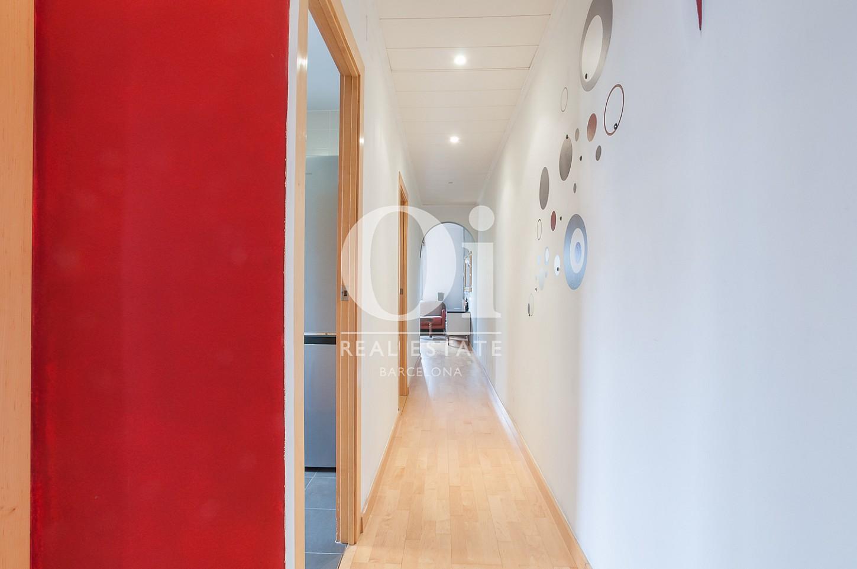 Couloir d'appartement à vendre au Poblenou, Barcelone