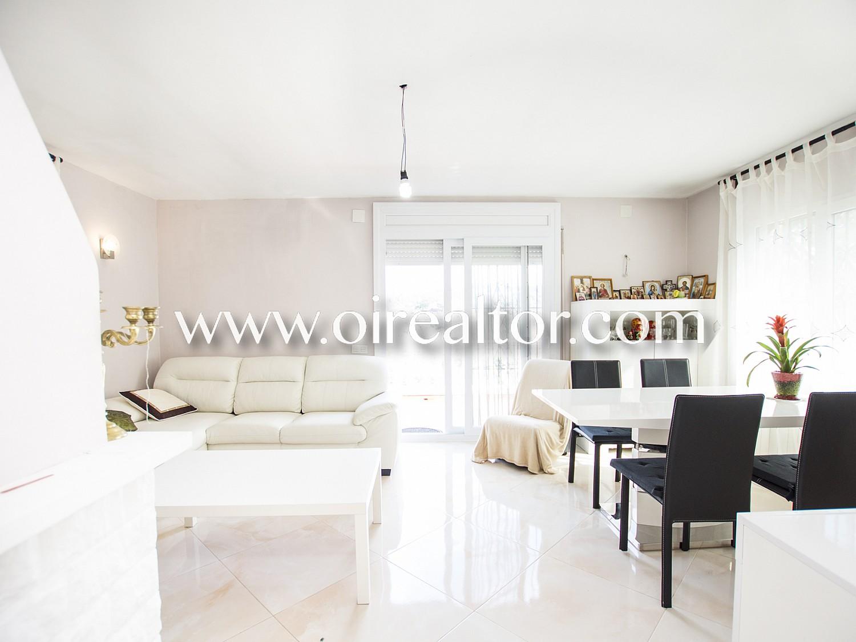 Уютный дом для продажи в Льорет-Резиденция, Льорет-де-Мар