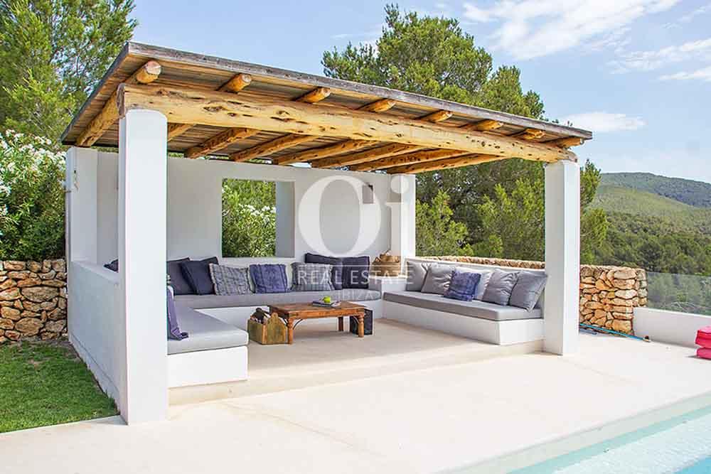 Arbor de magnifica villa en alquiler en Cala Jondal, Ibiza