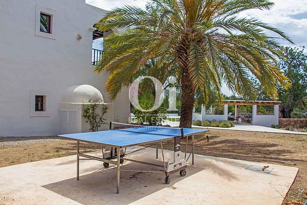 Jardin de maison en location de séjour à Cala Jondal, Ibiza
