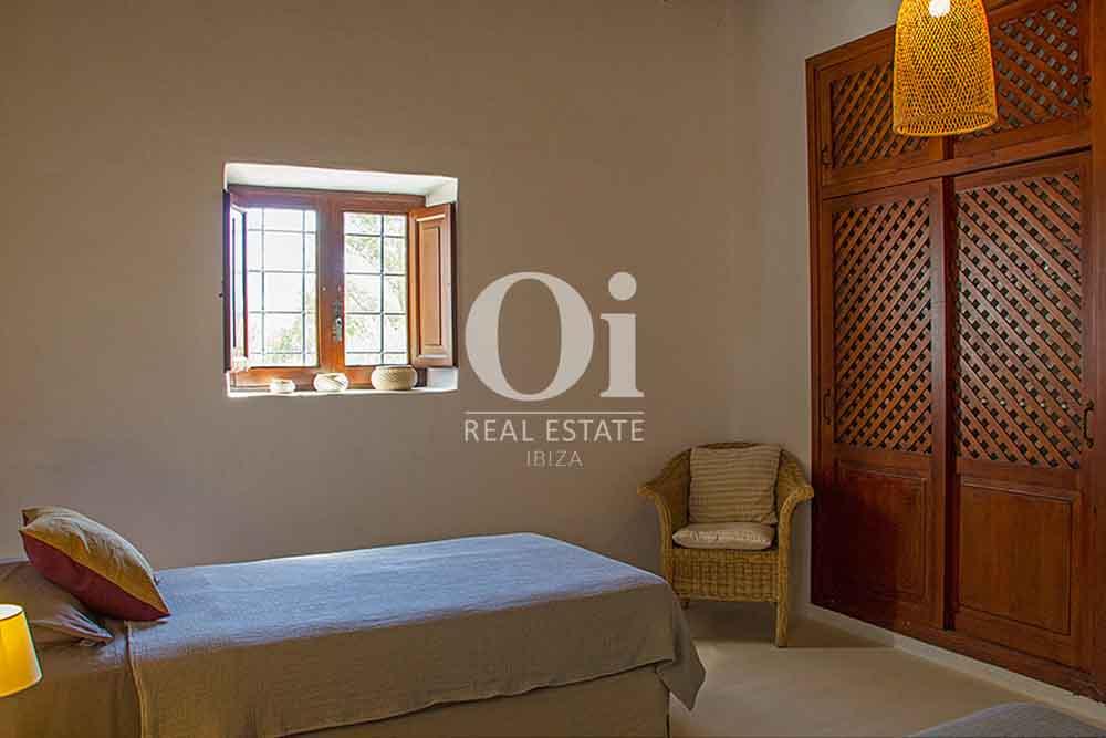 Habitación individual de magnifica villa en alquiler en Cala Jondal, Ibiza