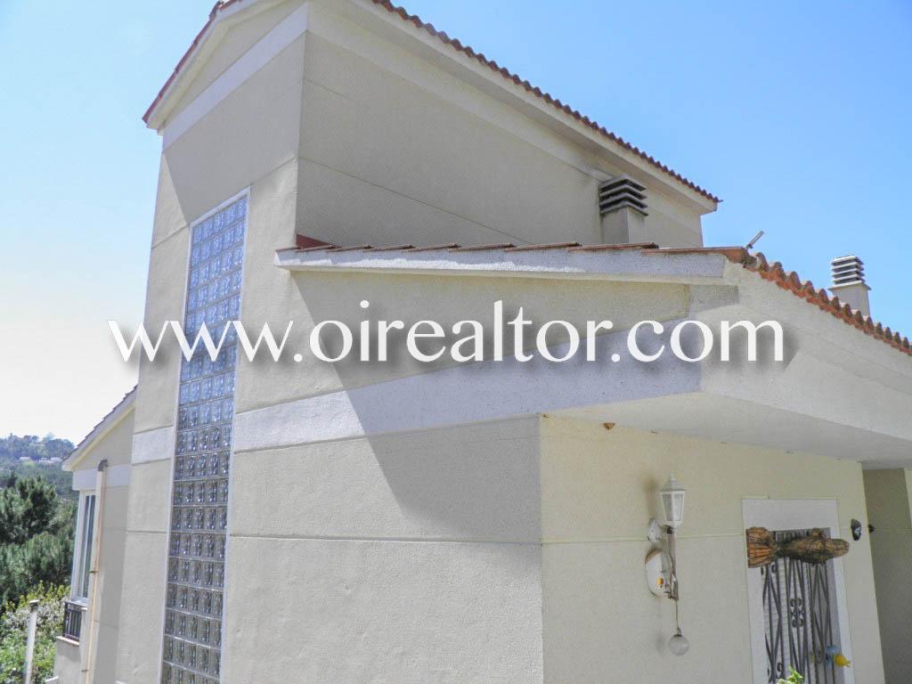 Недавно построенный дом для продажи в урбанизации Aiguaviva Parc, Lloret de Mar
