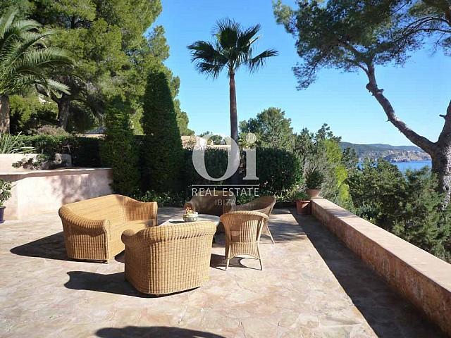 Terrasse de maison en location de séjour à Es Cubells, Ibiza