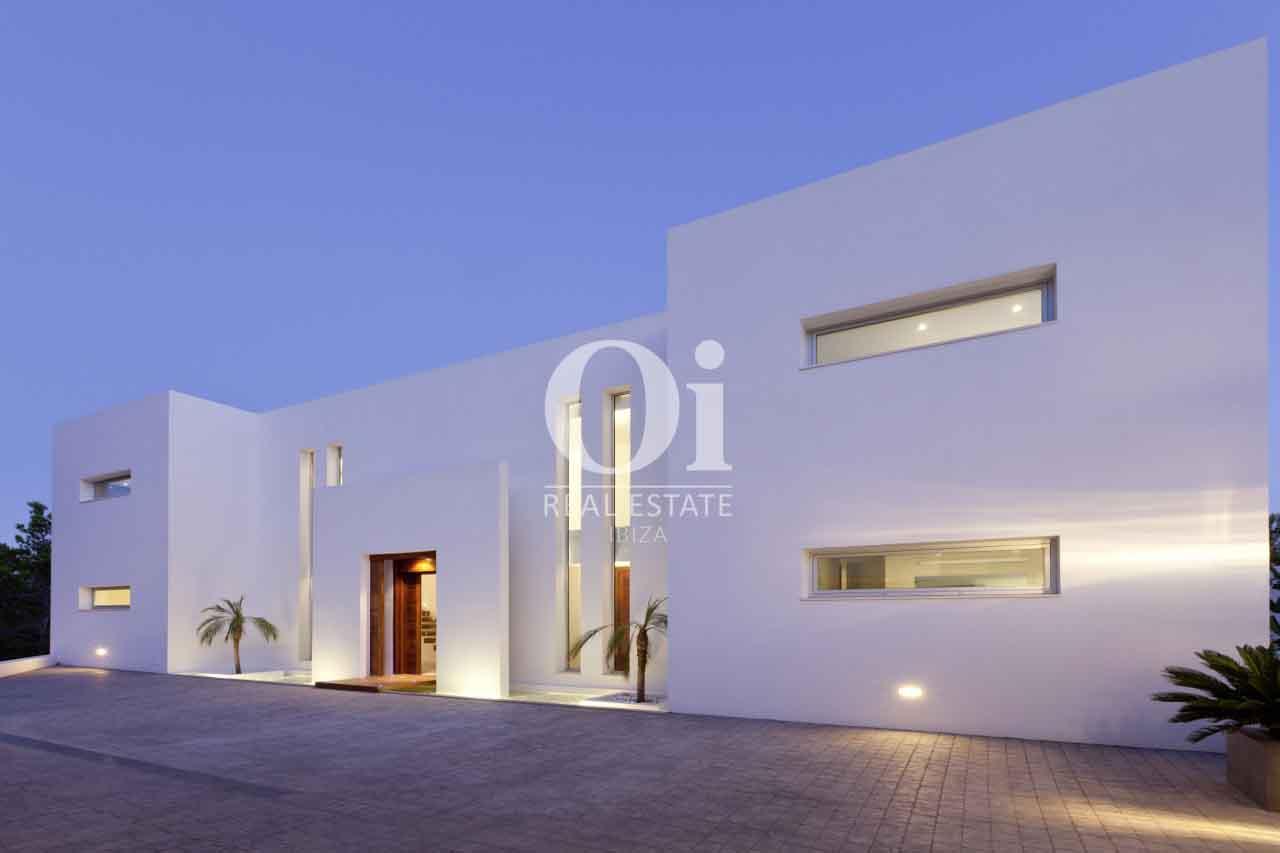 Façade de maison en location de séjour à Es Cubells, Ibiza