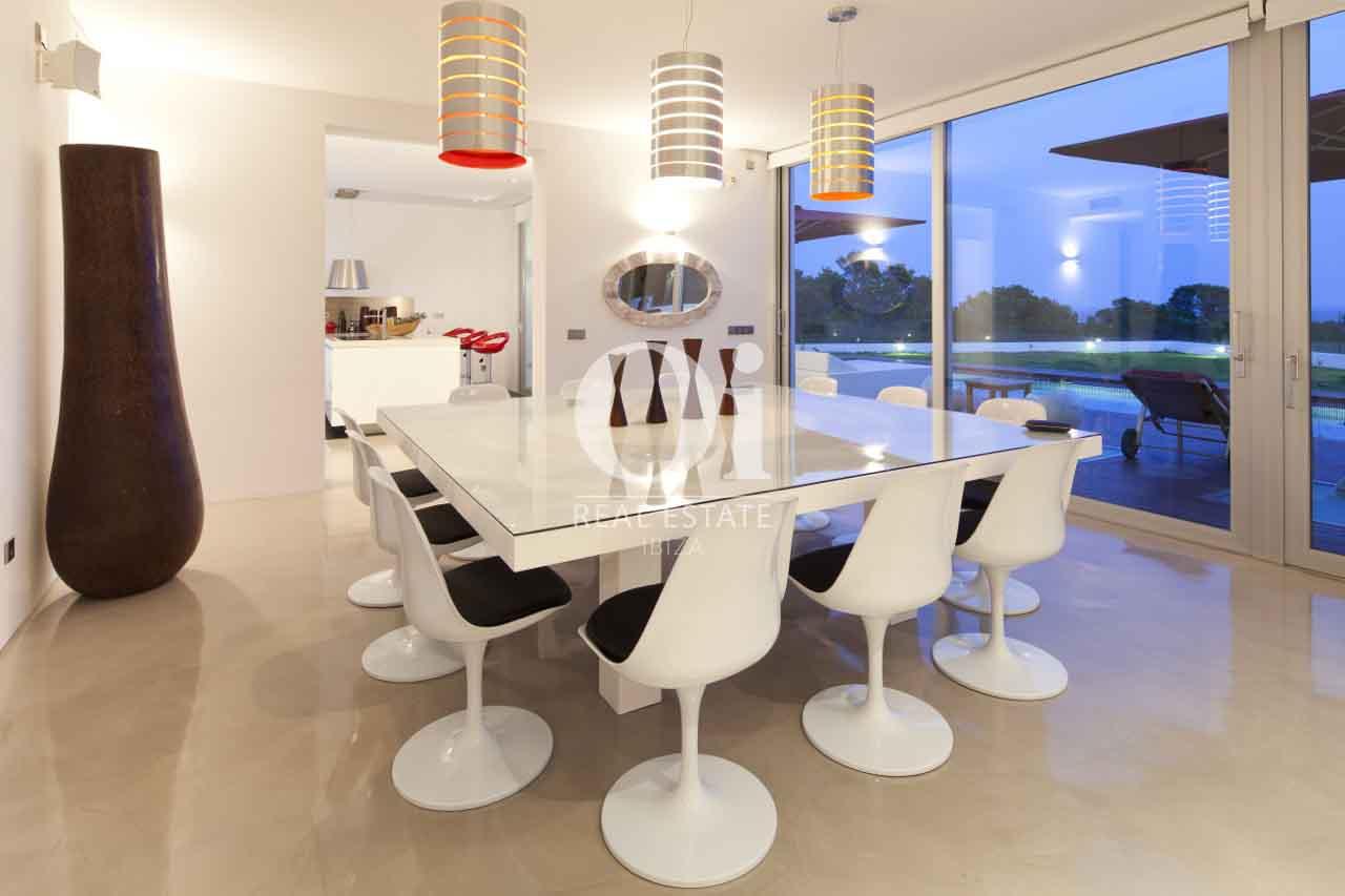 Salle à manger de maison en location de séjour à Es Cubells, Ibiza