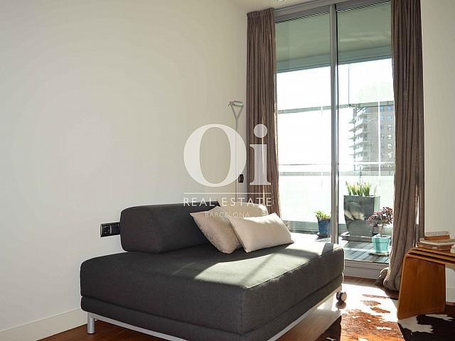 Дизайн шикарных и уютных комнат в апартаментах на продажу в районе Diagonal Mar Барселоны