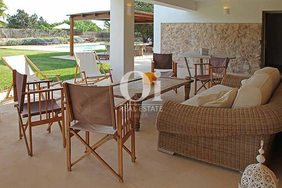 Terrasse de maison à louer de séjour à Es Codolar, Ibiza