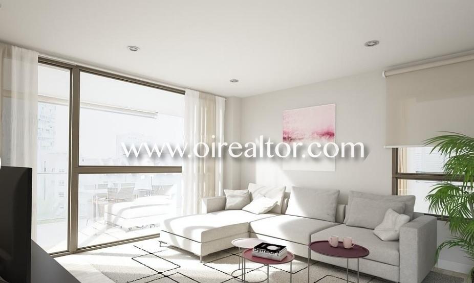Красивая квартира для продажи с видом на море и два парковочных места в Диагональ Мар, Барселона
