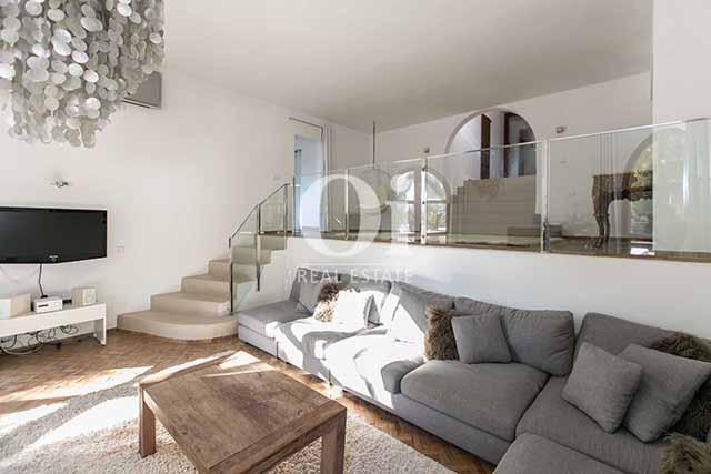 Sala de estar de magnifico chalet en alquiler en Ibiza