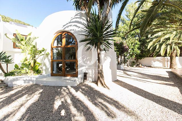 Alrededores de magnifico chalet en alquiler en Ibiza