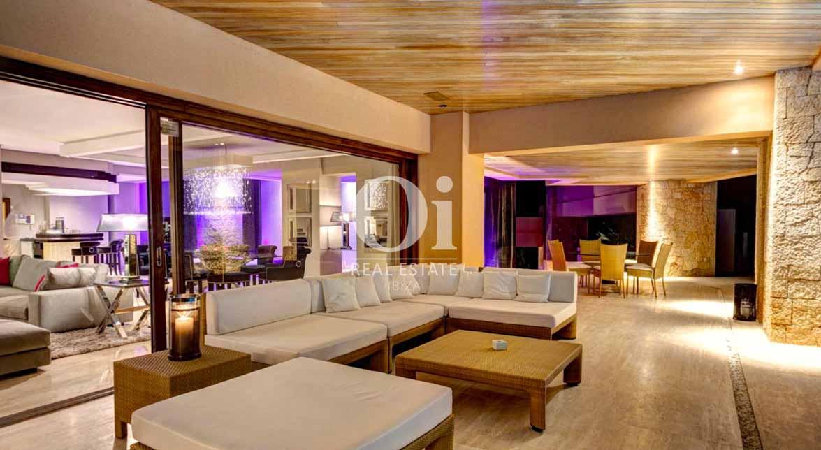 Salle de séjour de villa à louer de séjour à Jesús, Ibiza
