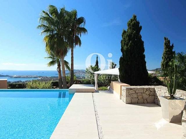 Extérieurs de villa à louer de séjour à Jesús, Ibiza