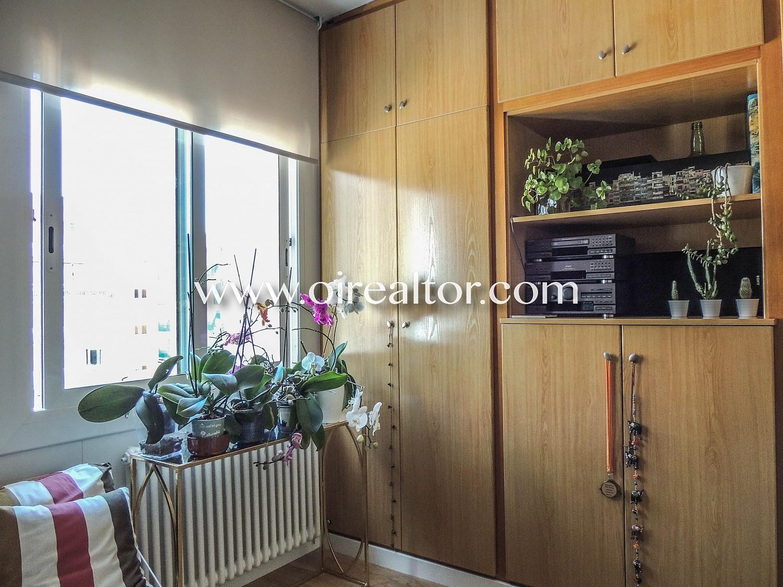 Квартира для продажи меблирована и недавно отремонтирована в центре Бланеса