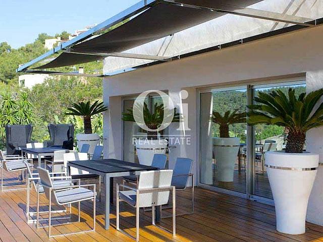 Véranda de maison en location de séjour à Les Salinas, Ibiza