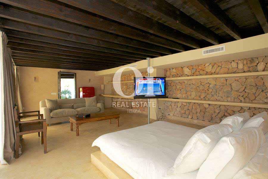 Комната на вилле, сдающейся в аренду в летний период в Les Salines, Ибица