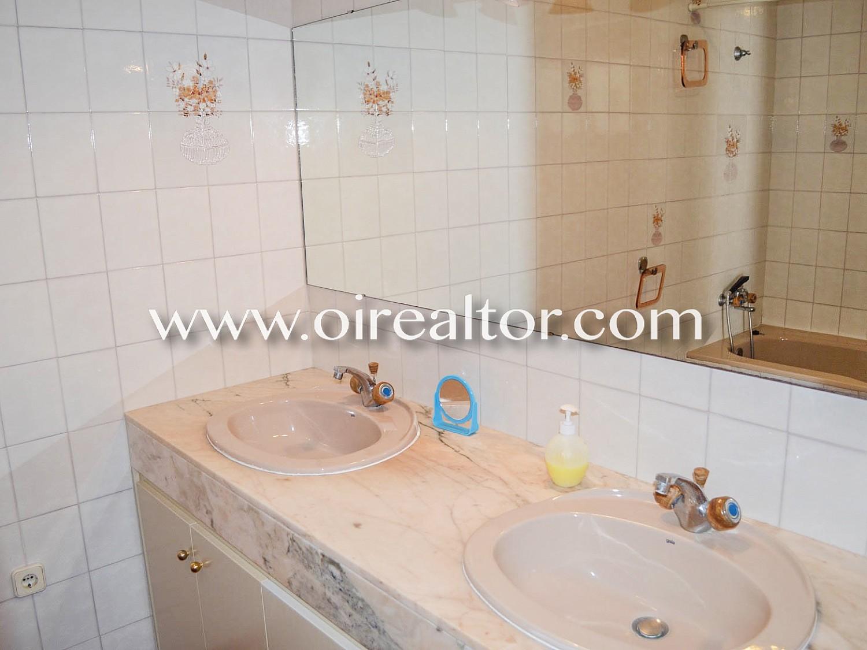 Дом для продажи с туристической лицензией в Роке Гросса, Льорет-де-Мар