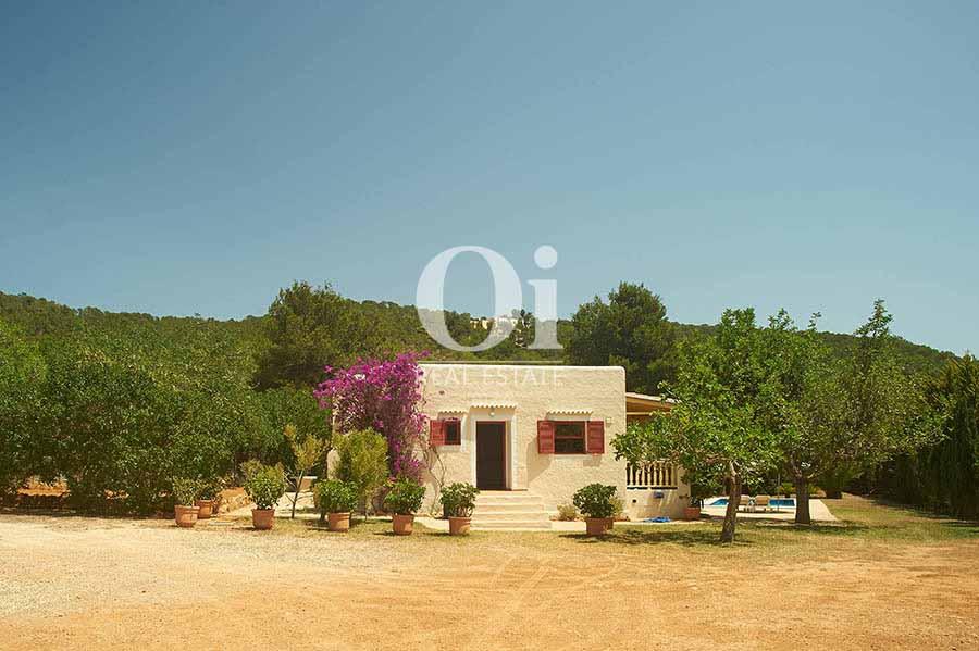 Bonita casa en alquiler vacacional en zona Ses Salines, Ibiza