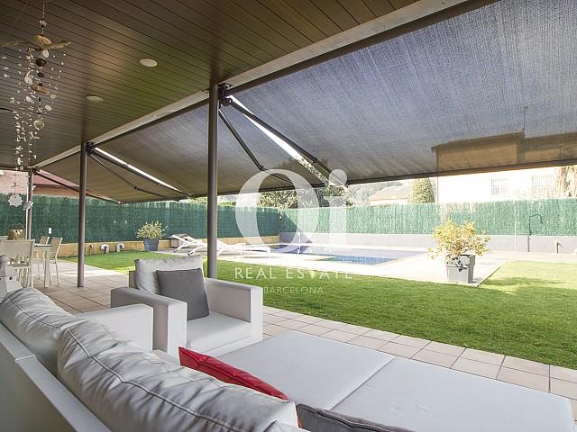 Blick auf die Terrasse vom Haus zu verkaufen in Cardedeu.