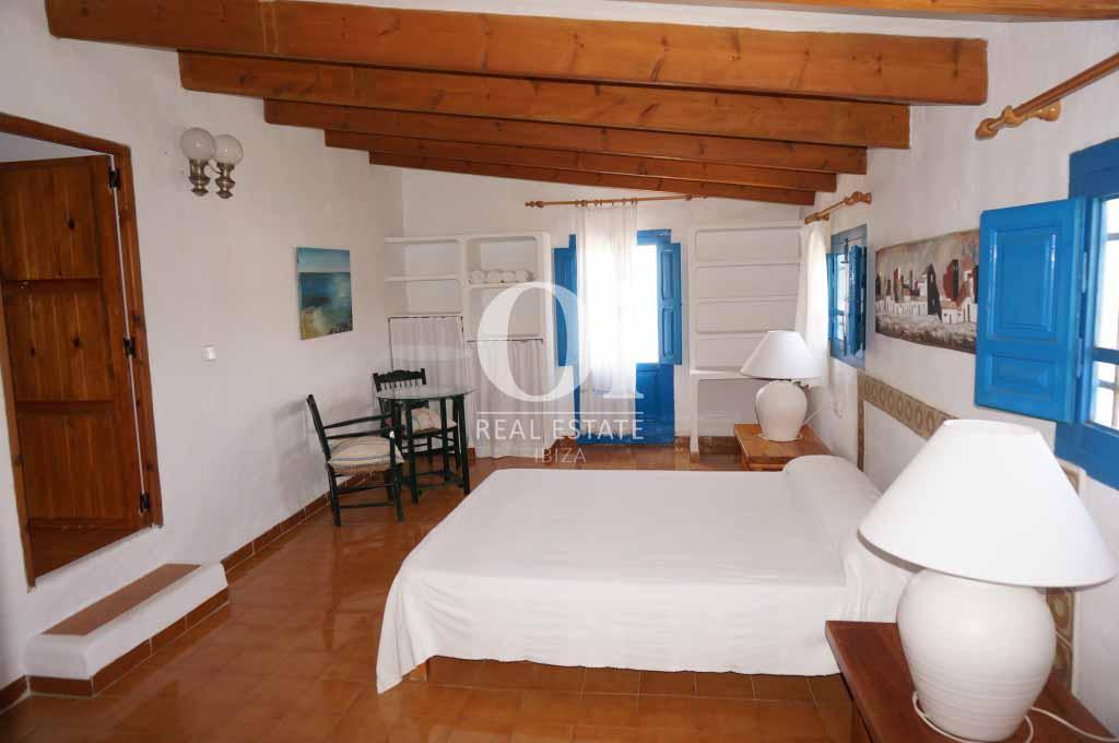 Sala de casa en alquiler vacacional en Formentera