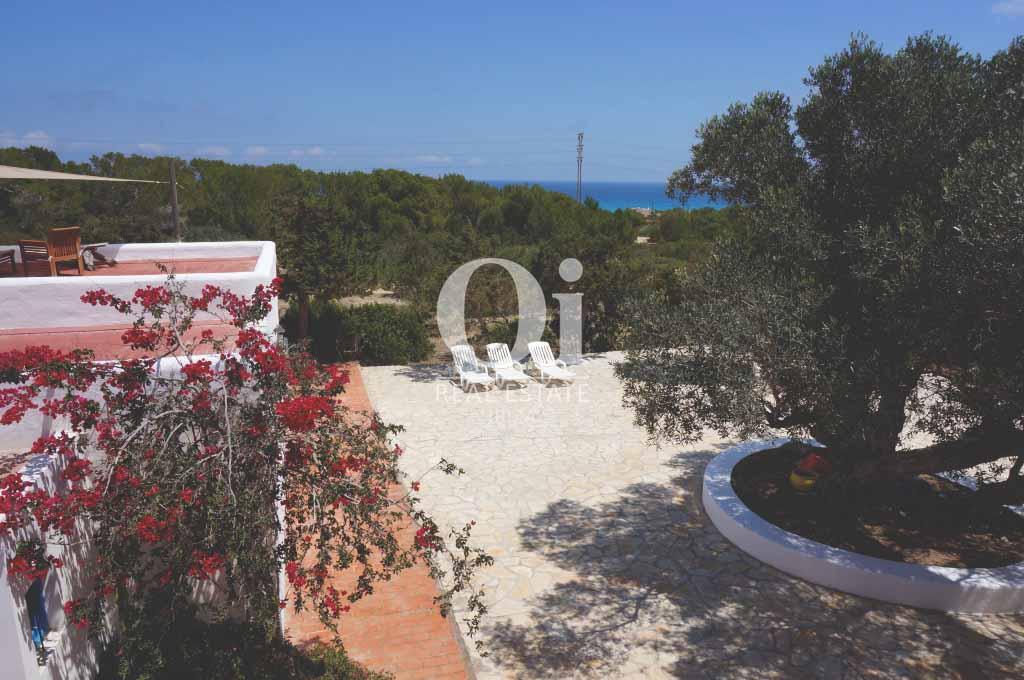 Виды на море из дома, сдающегося в аренду в период летних отпусков на Форментере