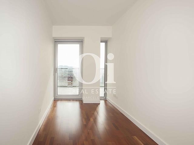 Chambre individuelle de l'appartement en vente à Diagonal Mar, Barcelone