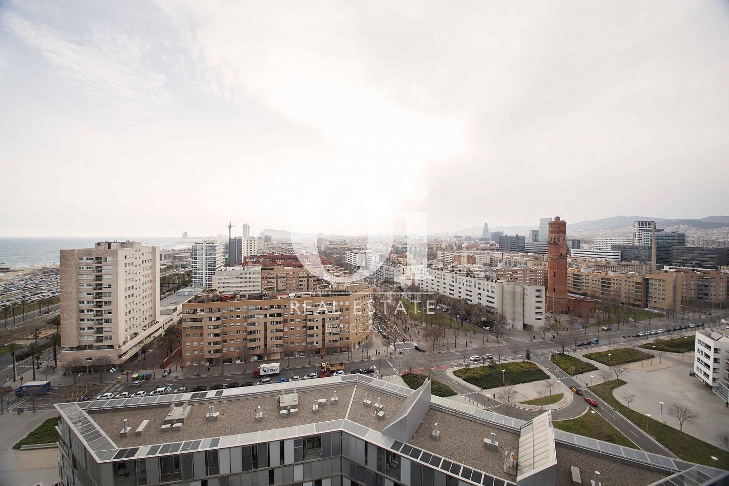 Виды из квартиры на продажу в Diagonal Mar, Барселона