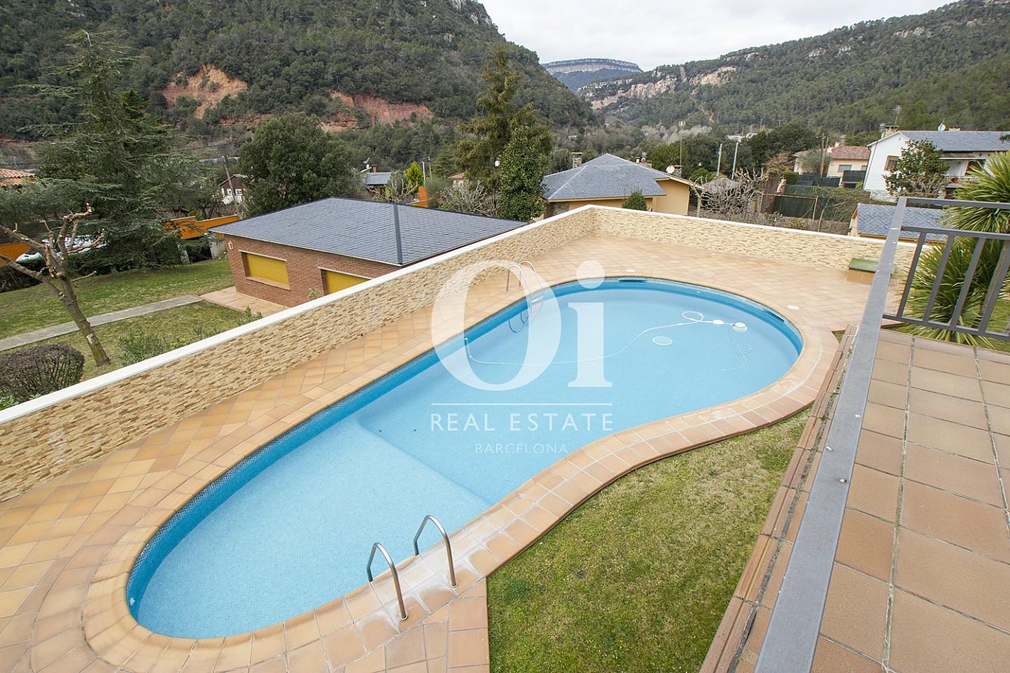Blick auf den Pool vom Haus zum Kauf in Tagamanent, Barcelona