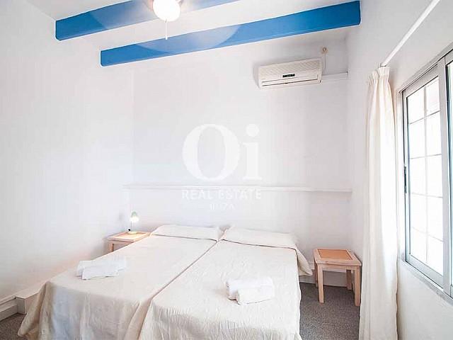 Habitación doble de casa en alquiler de estancia, Ibiza