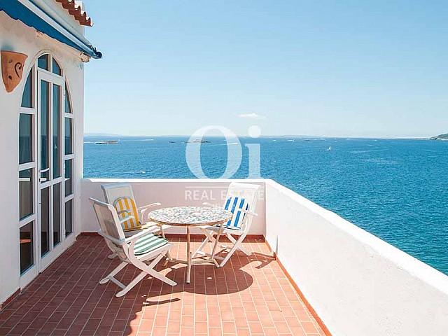 Terrado de casa de alquiler de estancia en Ibiza
