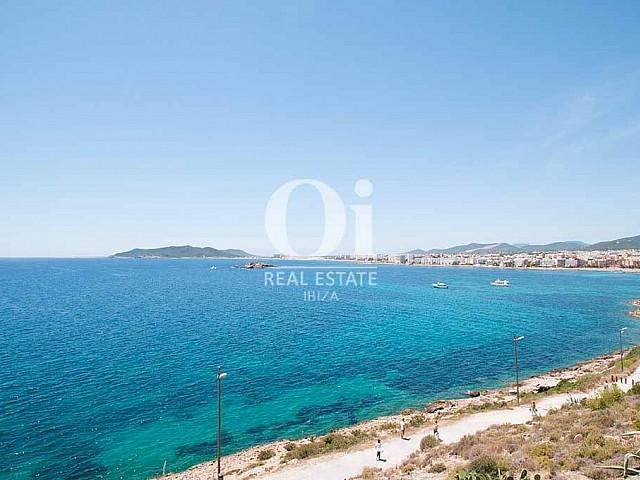 Vues de maison pour séjour en location à Ibiza