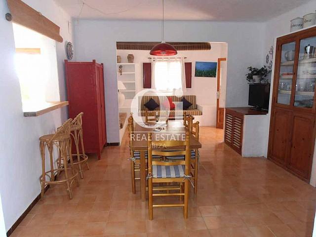 Salle à manger de maison en location de vacances à Formentera