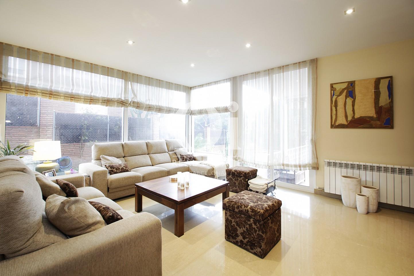 Salle de séjour de maison en vente à Premià de Dalt, Maresme
