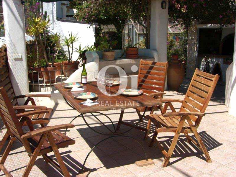 Salle à manger d'été de maison en vente à San José, Ibiza