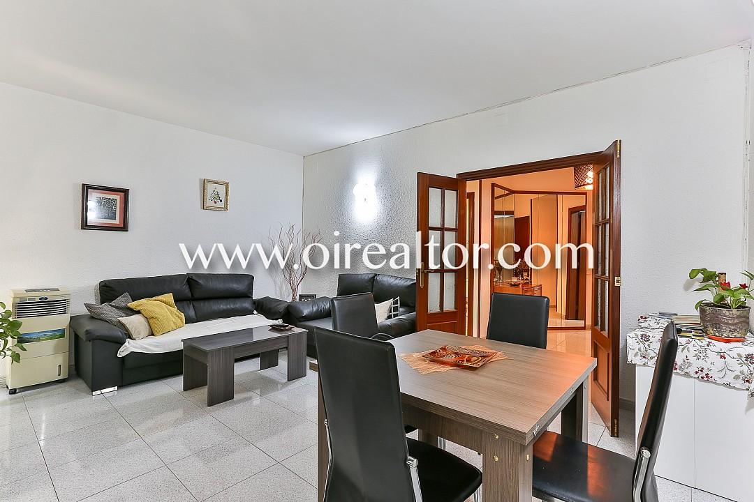 Квартира для продажи в Сан-Антонио, Барселона