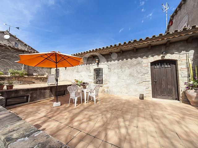 Terraza de casa en venta en Borrassà, alto Ampurdán, Gerona