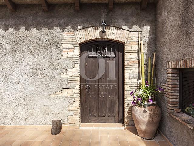 Entrada de casa en venta en Borrassà, alto Ampurdán, Gerona