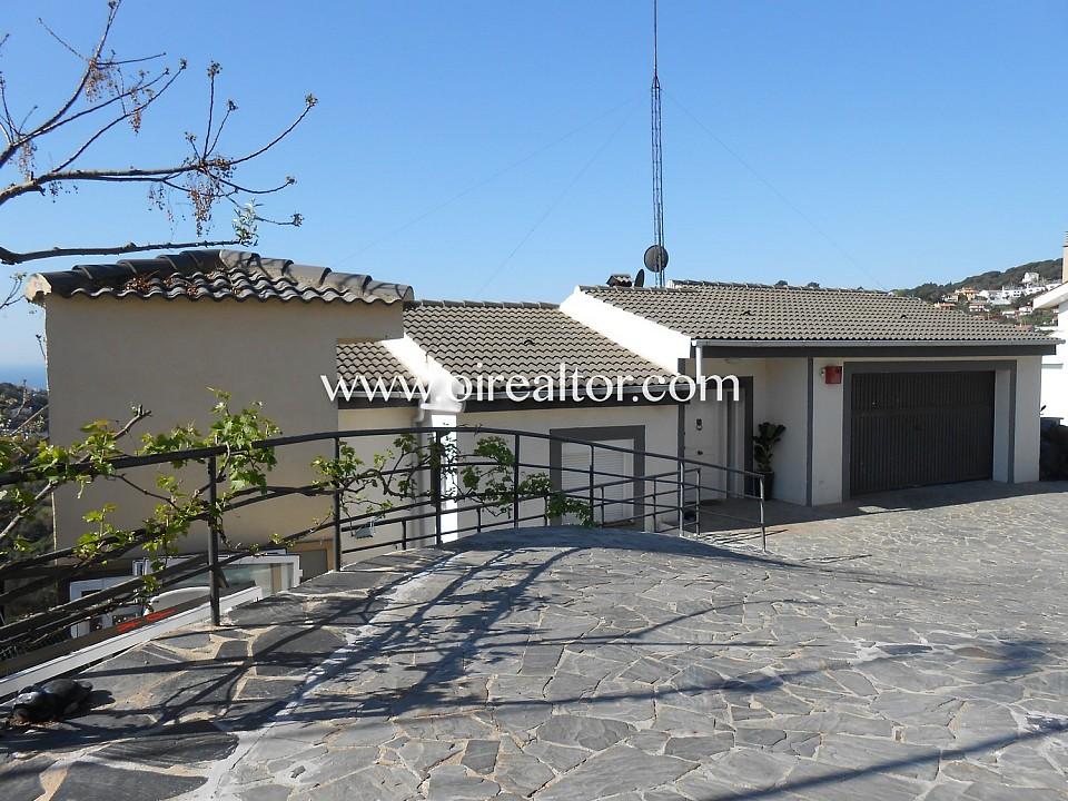 Захватывающий дом на четырех ветрах в горах Сан-Поль-де-Мар