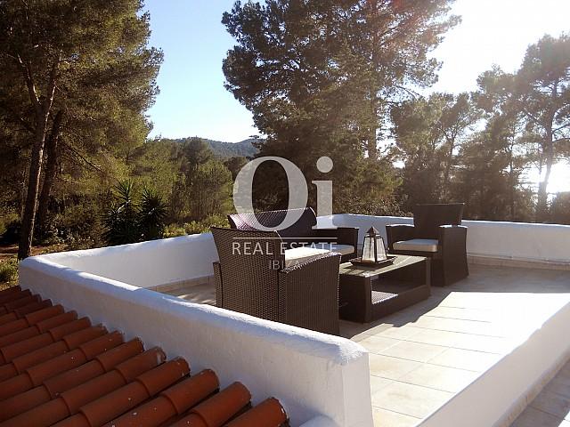 Villa zum Verkauf, mit spektakulärer Aussicht, in Las Salinas auf Ibiza